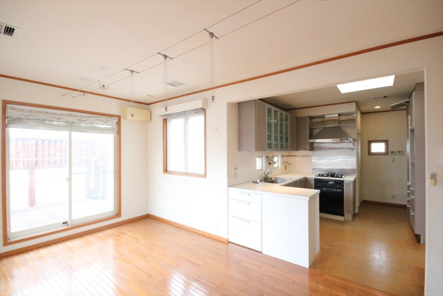 Shirokanedai 767 House
