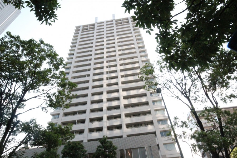 Shiba Park Tower