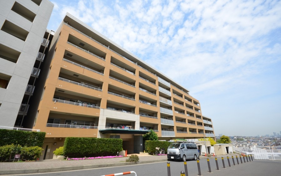 Crest Forme Hiyoshi Rainbow Hill / Park side
