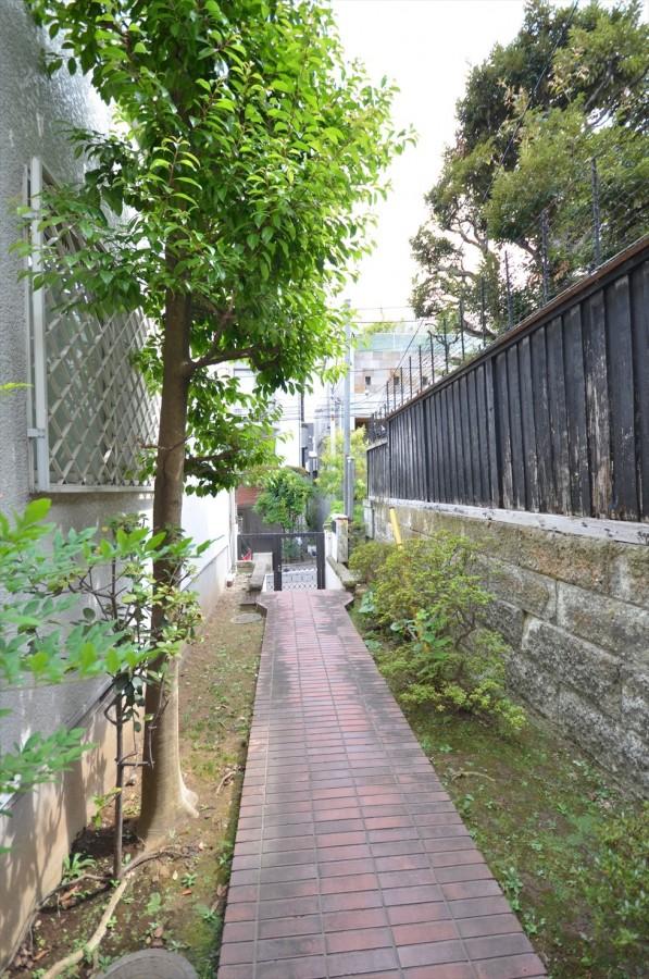 Ikedayama S House