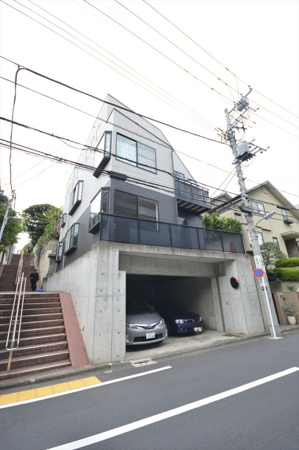 Shimazuyama Compound
